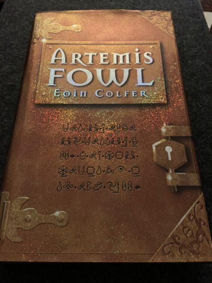 Rare SIGNED Artemis Fowl - Eoin Colfer - 1st/1st Hardback - Viking 2001