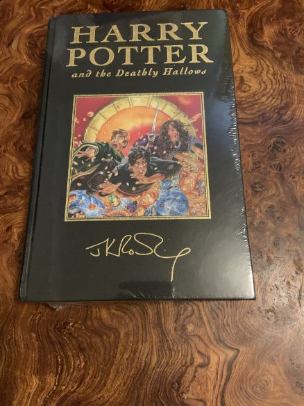 Harry Potter and the Deathly Hallows Deluxe First Edition
